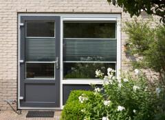 Kunststof deur antraciet in Peize, Roden, Haren en Groningen