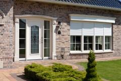 Kunststof kozijnen en voordeur wit in Peize, Roden, Haren en Groningen