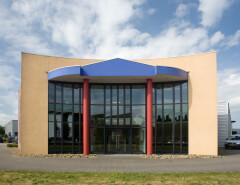 Kunststof kozijnen in bedrijfspand in Peize, Roden, Haren en Groningen